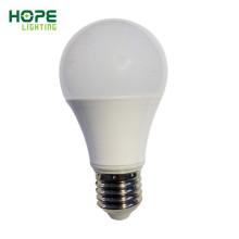El precio más bajo y el mejor bulbo global de Quanlity 7W 9W 13W 15W A60 E27 LED