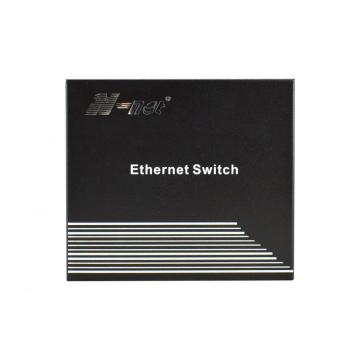 Ostyrd Gigabit PoE-switch 4 portar