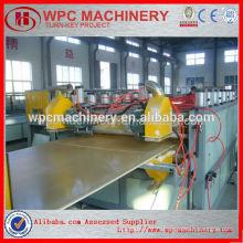 Ligne de production de panneaux de mousse pvc