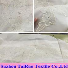 100% soie brodée de mousseline de soie pour le tissu de vêtement de Madame