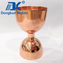 Coupe de vin en plaques de cuivre avec moulage de précision