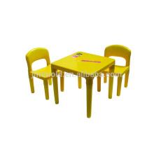 La conception professionnelle adaptée aux besoins du client versant la bonne texture moule le moule en plastique de chaise