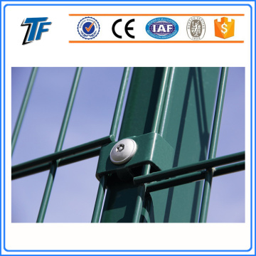 Duoble twin wire security fencing panels