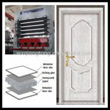 Многослойный меламиновый MDF дверный станок для горячего прессования / кожа для праймера