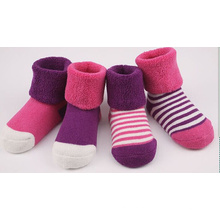 Baby′s 100 Cotton Loose Cuff Winter Baby Socks