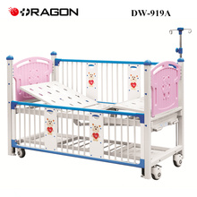 DW-919A Lit bébé mobile à double manivelle à l'hôpital