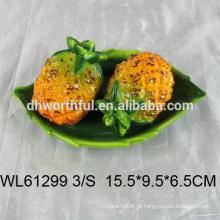 Abacaxi de alta qualidade projetado pimenta cerâmica e agitador de sal conjunto
