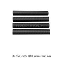 Tube de sergé de fibre de carbone 25 * 23 * 500mm, garnitures de tube de fibre de carbone pour le drone de RC