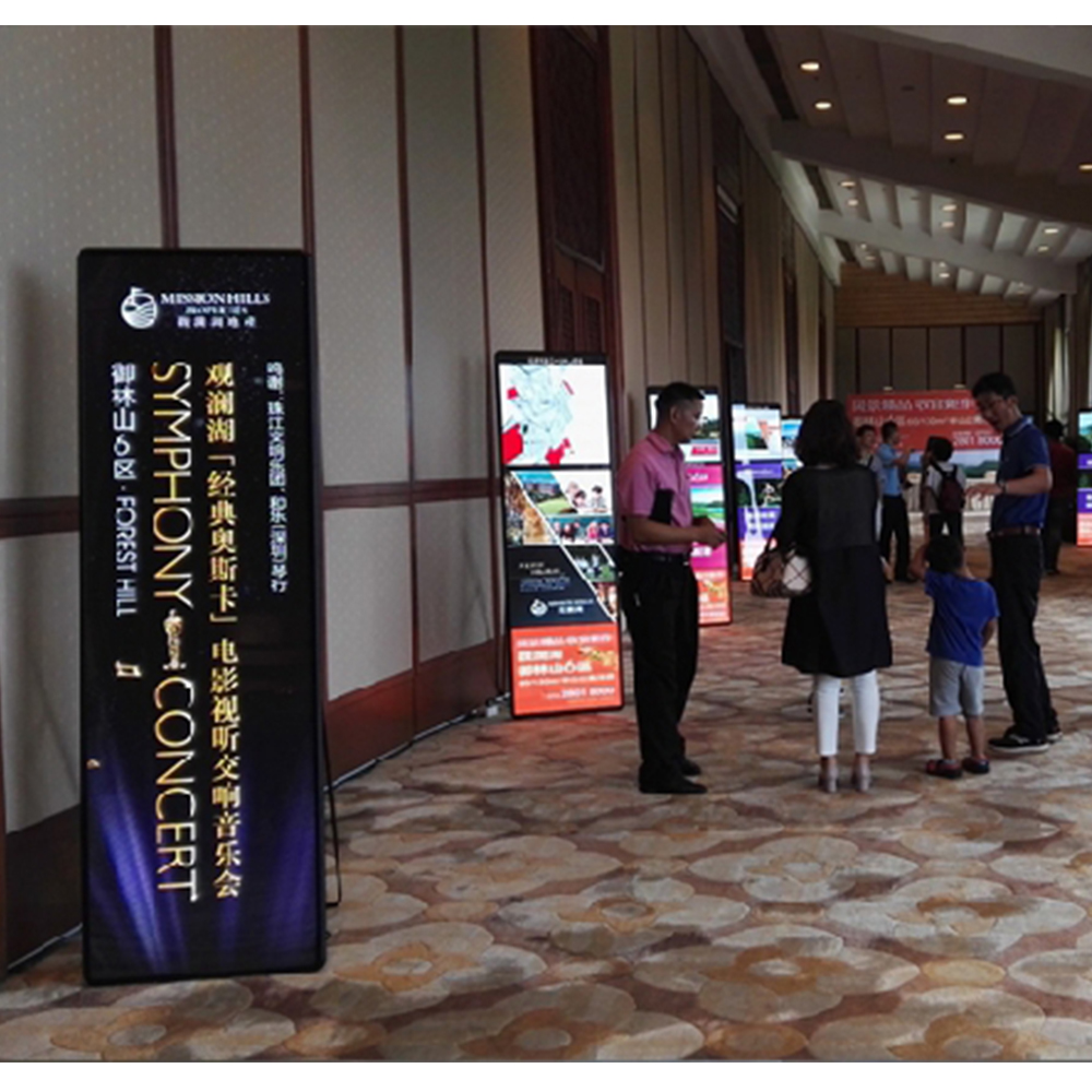 P2.5 Poster Led Advertising Machine Video Panel