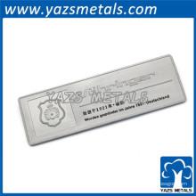 Insígnias conhecidas personalizadas de metal modificado