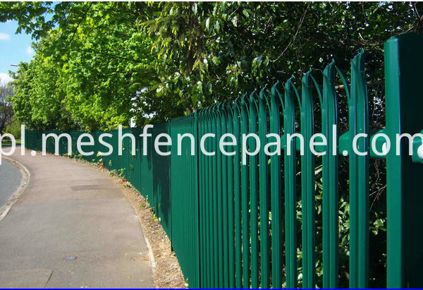 palisade fence application