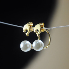 Cheap Fake White Glass Pearl Earrings