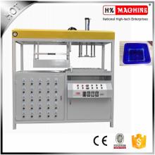 Vide en plastique de récipient de champignon formant la machine