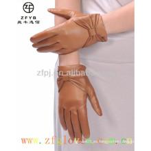 Fabricante guantes de cuero calientes de la señora del bowknot de la venta