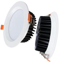 O teto redondo de alumínio SMD do dispositivo elétrico Recessed conduziu Downlight