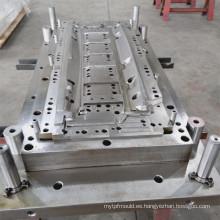 Hardware auto molde automotriz que estampa el molde continuo que moldea el molde del hardware del automóvil