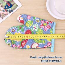 Christmas gift set 100% cotton kitchen glove/oven mitt/oven glove for promotion