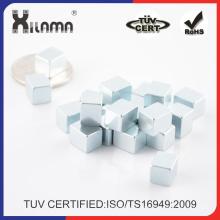 Vertrauenswürdiger China-Lieferant, der magischen Würfel / magischen Würfel / Rubiks-Würfel-Spielwaren / Rubik-Würfel-Magneten faltet
