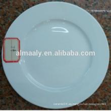 Alta placa de cena de cerámica blanca de forma redonda para el hotel estrella