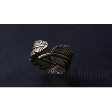 Charm Copper Color Ring Leaf Modelado Medio círculo de la moda