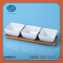 Set de plato de servir 4pcs, cuenco de cerámica con bandeja de bambú, conjunto de tazón de porcelana con bandeja