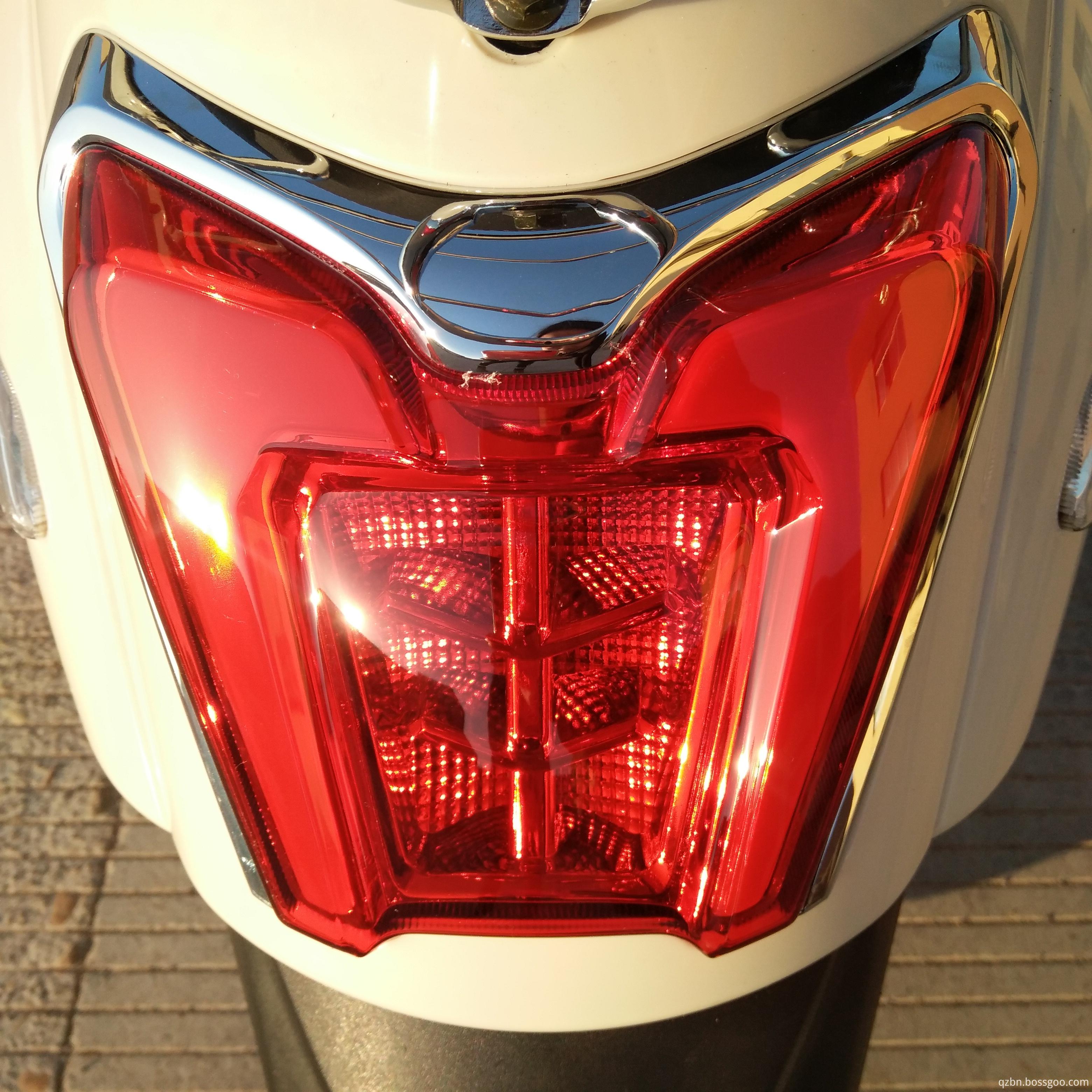 LED rear taillight