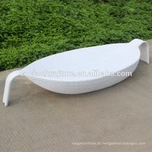 Lounge de forma de folha de vime sintético ao ar livre