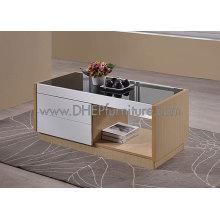 Mesa de café em madeira com tampo de vidro