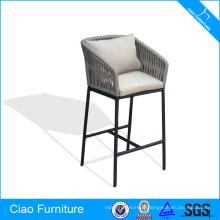 Chaise haute de tabouret de bar plat de ruban