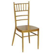 pour chaise design en métal