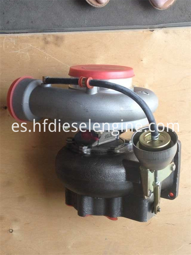 2015 Turbocharger 04265279 (2)