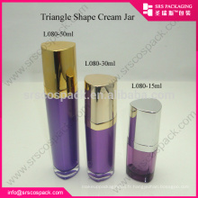 SRS alibaba China15ml 30ml 50ml coloré triangle de luxe forme violet bouteille de lotion acrylique vide