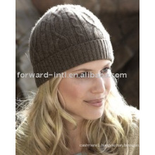 Cashmere cable knit hat