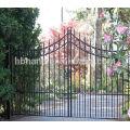 Двойная дверь ворота забор с копьем сверху