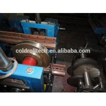 Máquina formadora de estantes de acero para almacenamiento
