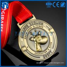 Nouveau design personnalisé Cartoon Arts prix sportif éminence douce or métal médaille