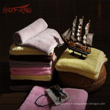 Serviette de bain bébé en coton bio coloré hooed pour une fabrication sur mesure