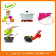 Cocina Pot titular de silicona trivet con base de nylon blanco