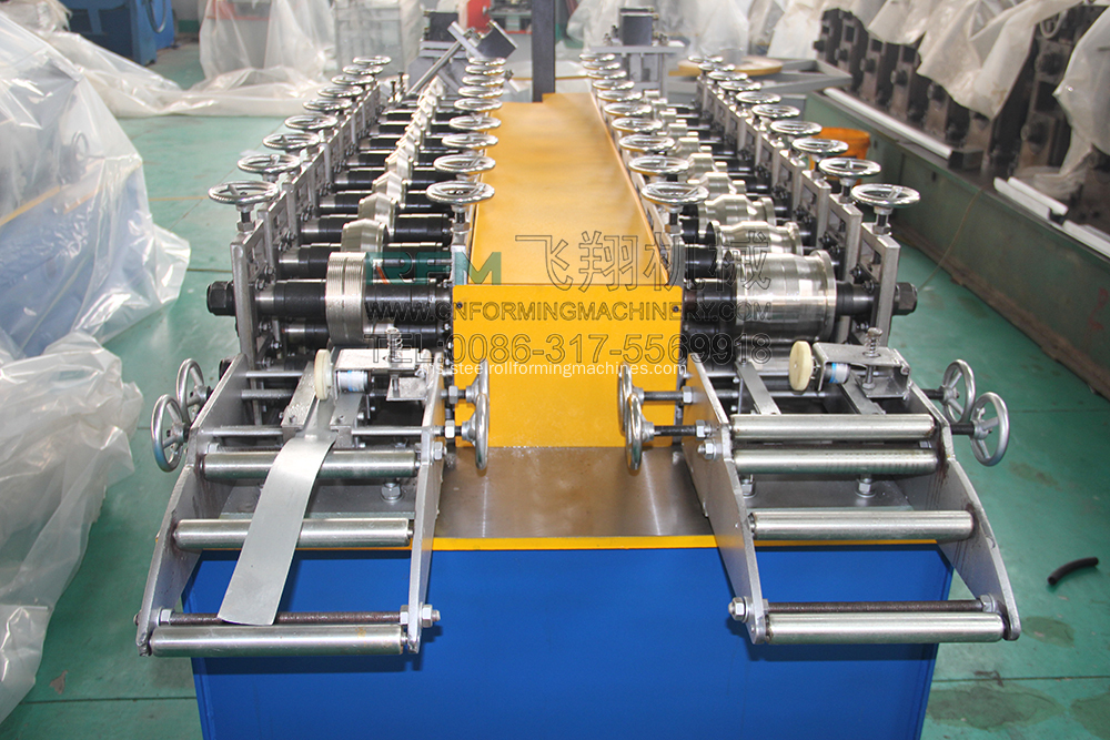 Profil Sudut Roll Forming Machine