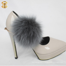 Haute qualité Fox Fur Ball Fox Pompom Accessant avec un clip pour chaussures et vêtement