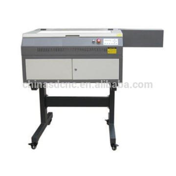 CO2 laser gravura máquina preço barato em estoque