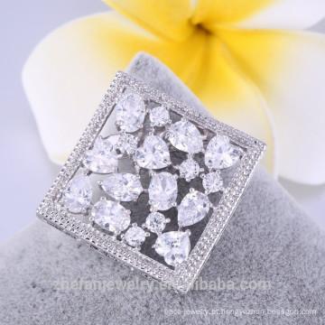 Pregadeira de broche de forma quadrada pop branco com preço barato de cristal 2018