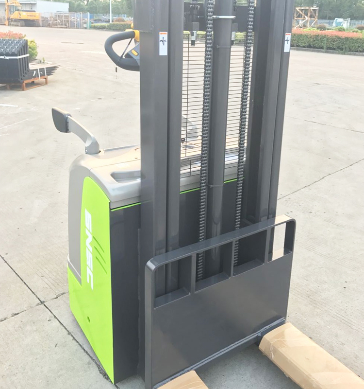 Stand On Counter Balance Stacker listrik 2 Ton