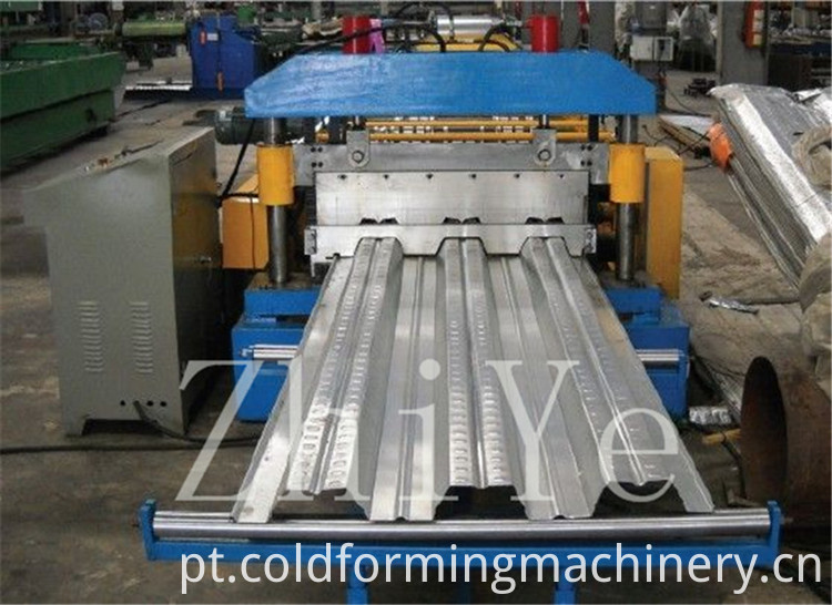 Metal Deck Forming Machine