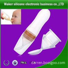 2014 newest silicone baby feeding bottle