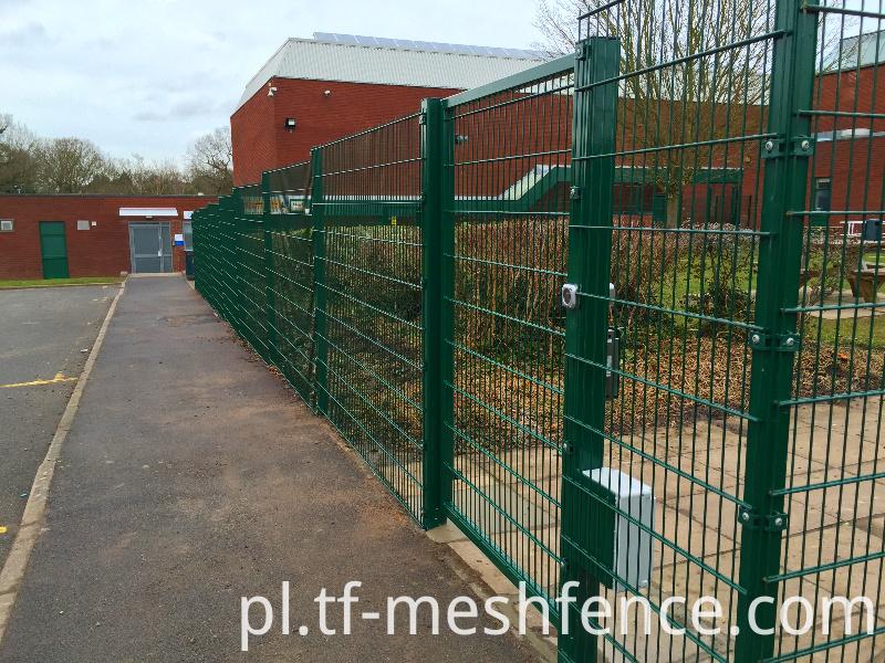 356 twin wire mesh fencing panels