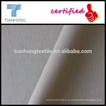 tejido de popelín de peso ligero de algodón de color caqui peinado tela para la camisa formal
