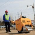 500kg marchent derrière le rouleau de route de compacteur de roue simple avec l'embrayage électromagnétique