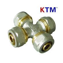 Raccord de tuyau en laiton Ktm Croix égale de tuyau en Pex-Al-Pex