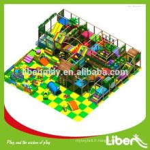 Fabrication professionnelle de pelouse intérieure douce pour les enfants / équipement de terrain de jeux intérieur